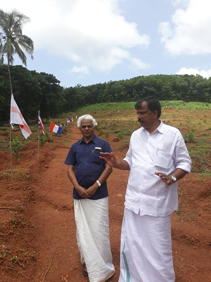 Justice CN Ramachandran Nair At Ayur Jack farm with Varghese Tharakan
