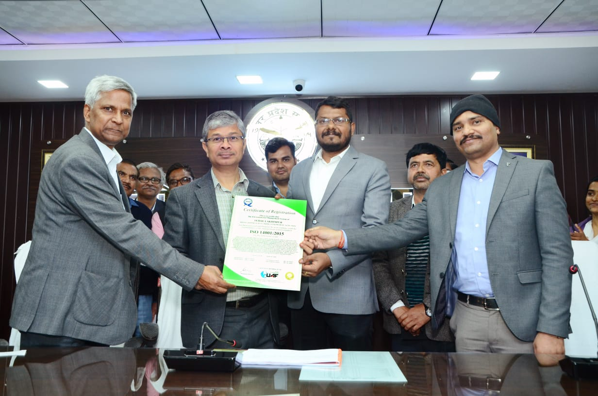 Receiving the ISO 14001 certificate